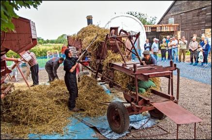 Heritage Weekend 2015 - Thresher in Action