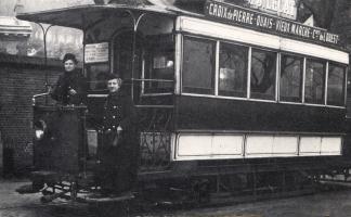 Tramway_de_Rouen_-_Wattwoman_et_receveuse_en_1916